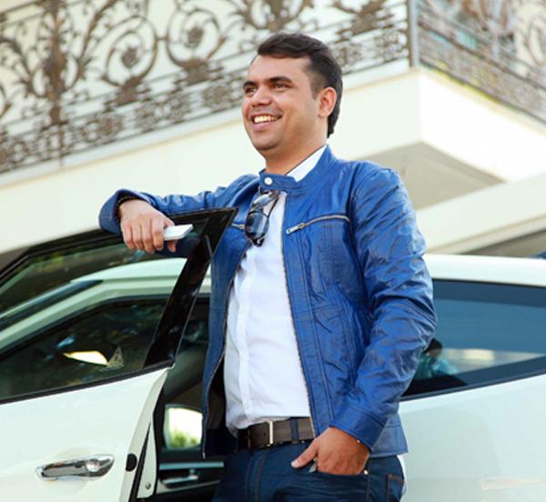 Look do dia do blogueiro Bruno Figueredo que veste Zara, Raphael Steffens, Carrera, Samelo, Veloster, Hyundai em Uberlândia Minas Gerais e Brasil - blog de moda masculina - blog de homem
