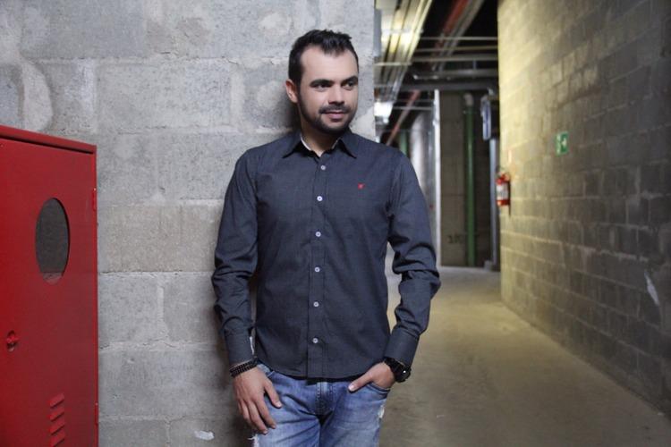 bruno-figueredo-blogueiro-camisas-factual-ensaio-006