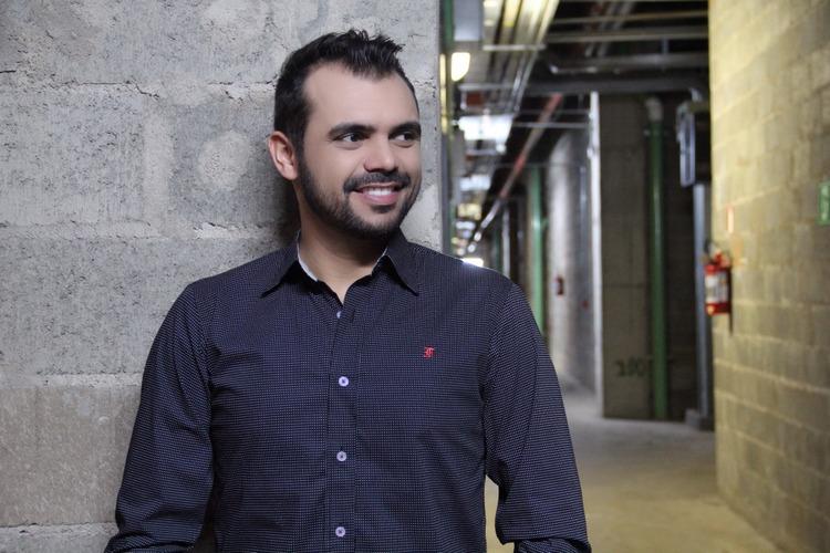 bruno-figueredo-blogueiro-camisas-factual-ensaio-012