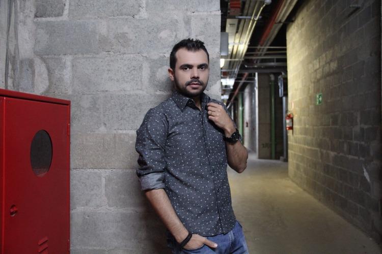 bruno-figueredo-blogueiro-camisas-factual-ensaio-023