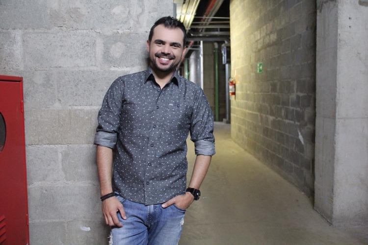 bruno-figueredo-blogueiro-camisas-factual-ensaio-027