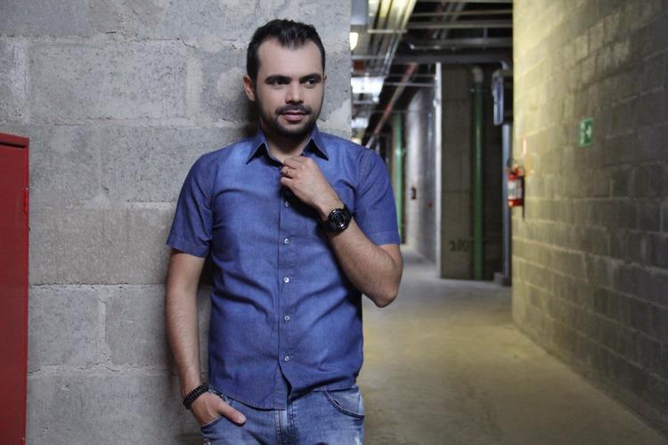 bruno-figueredo-blogueiro-camisas-factual-ensaio-031