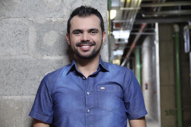 bruno-figueredo-blogueiro-camisas-factual-ensaio-035