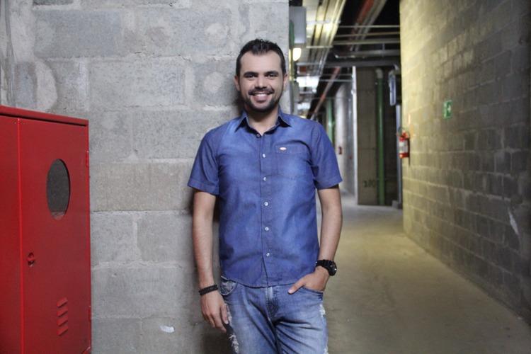 bruno-figueredo-blogueiro-camisas-factual-ensaio-036