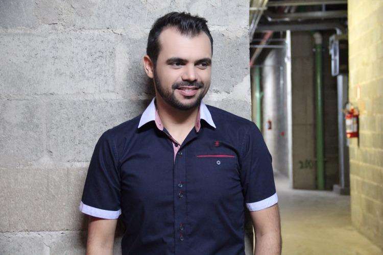 bruno-figueredo-blogueiro-camisas-factual-ensaio-040