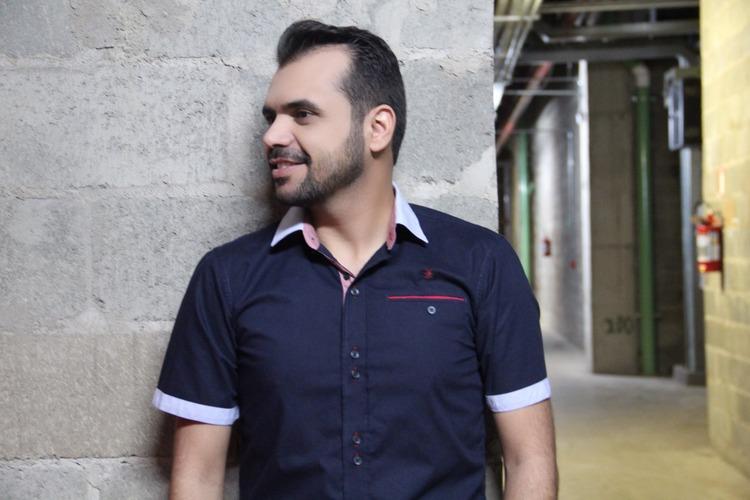 bruno-figueredo-blogueiro-camisas-factual-ensaio-042