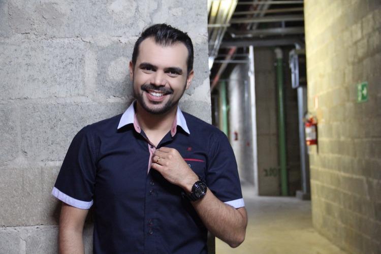 bruno-figueredo-blogueiro-camisas-factual-ensaio-045